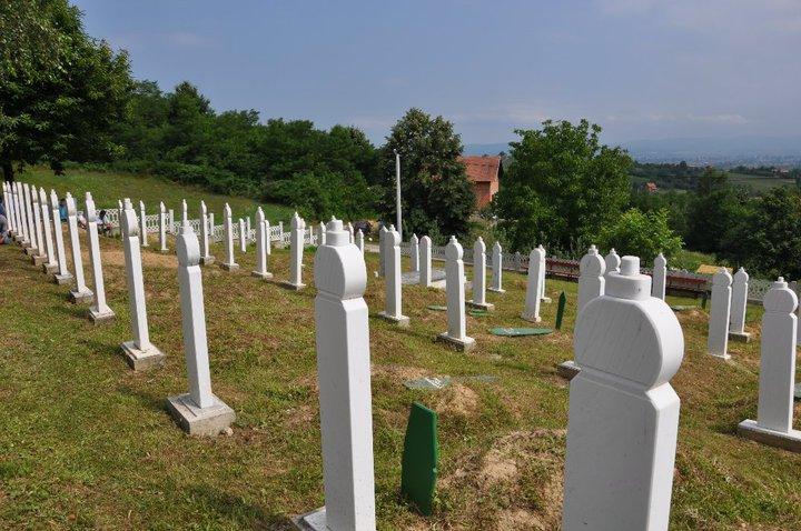 Sehidsko mezarje u Zecovima.