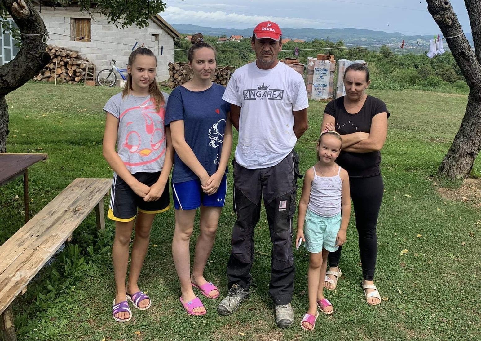 Sretna porodica Hamulić